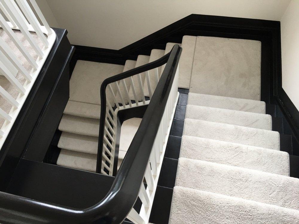 treppenl ufer und treppenbel ge raumausstatter with ft. Black Bedroom Furniture Sets. Home Design Ideas